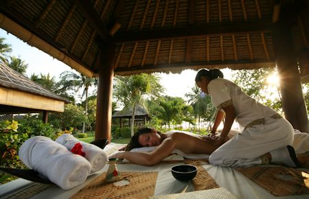 White woman on massage in Bali salon