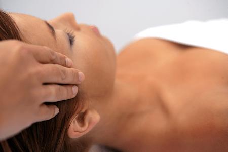 Head temple massage
