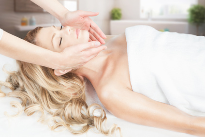 Facial Massage Treatment Spa Massage Service